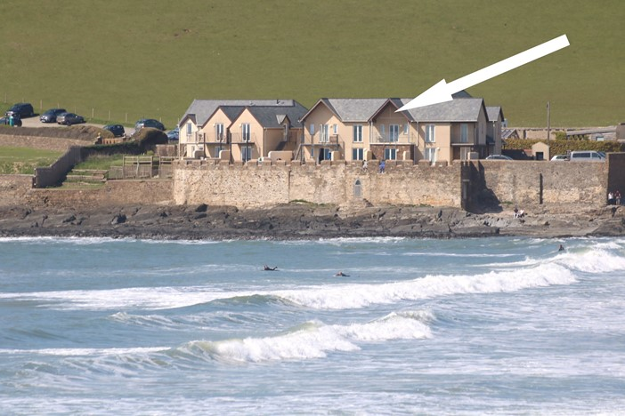 Croyde Holiday Cottages 6 Out The Blue Location Close Up