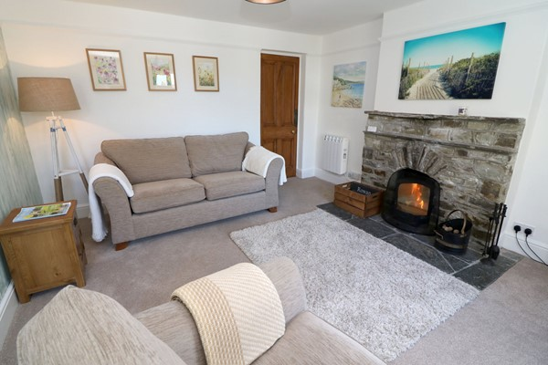 Croyde Holiday Cottages Rowan Lounge