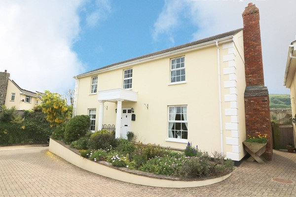 Croyde Holiday Cottages Chapel Farm Front House
