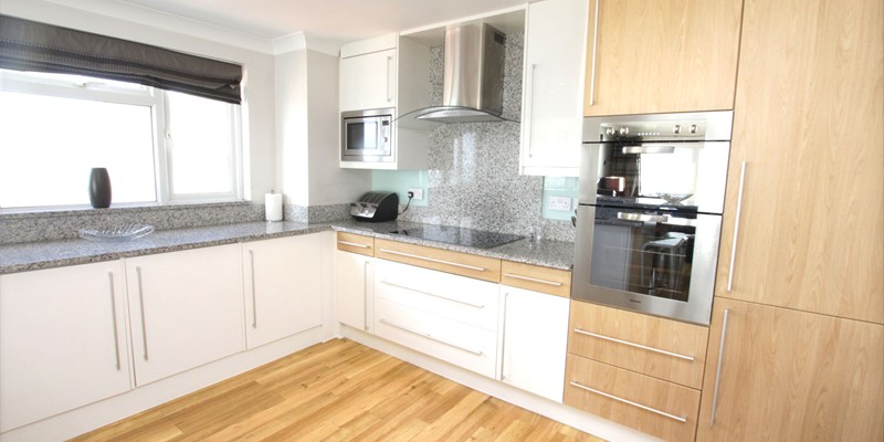 Woolacombe Holiday Cottages Devon Beach Penthouse Kitchen Units