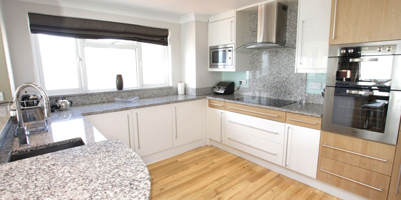 Woolacombe Holiday Cottages Devon Beach Penthouse Kitchen