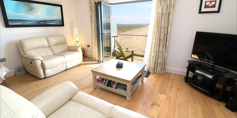 Saunton Holiday Cottages Ocean Point Lounge View