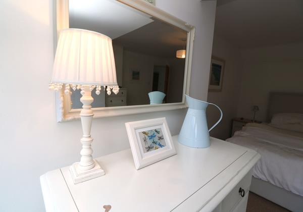 White Sands Croyde Holiday Cottages Bedroom Detail