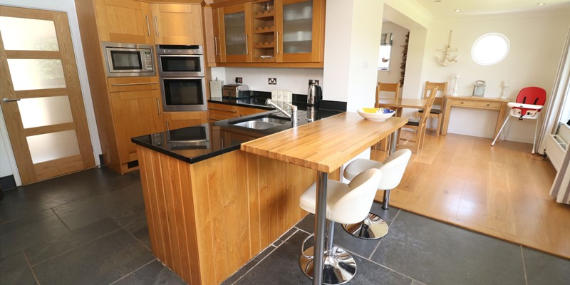 White Sands Croyde Holiday Cottages Kitchen To Dining