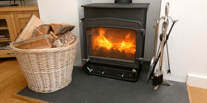 White Sands Croyde Holiday Cottages Lounge Fire