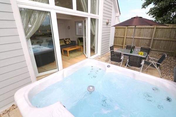 Woolacombe Holiday Cottages High Tides Hot Tub