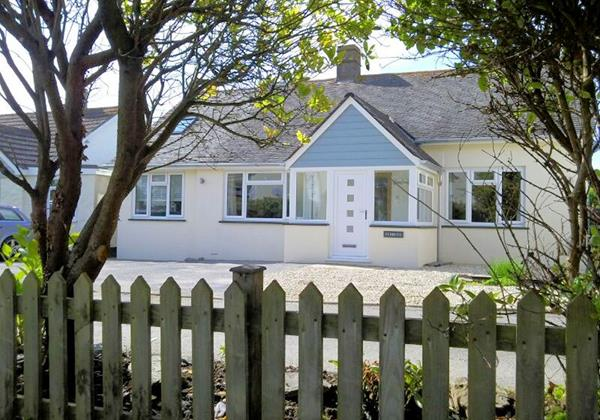 Croyde Holiday Cottages Pebbles Rest Front Bungalow