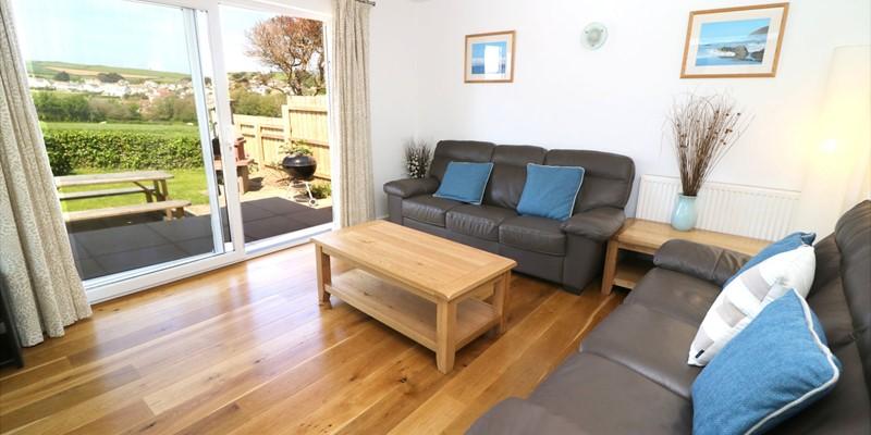 Croyde Holiday Cottages Pebbles Rest Lounge
