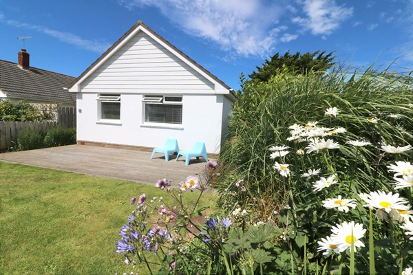Croyde Holiday Cottages Amana Front