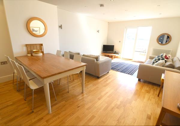 Croyde Holiday Cottages Surfside Dining To Lounge