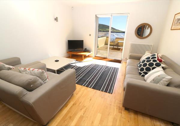 Croyde Holiday Cottages Surfside Lounge To View