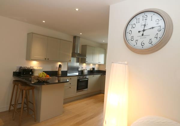 Croyde Holiday Cottages Offshore Clock