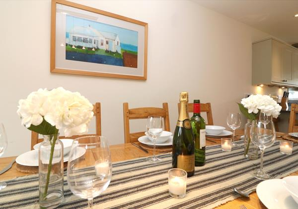 Croyde Holiday Cottages Offshore Dining