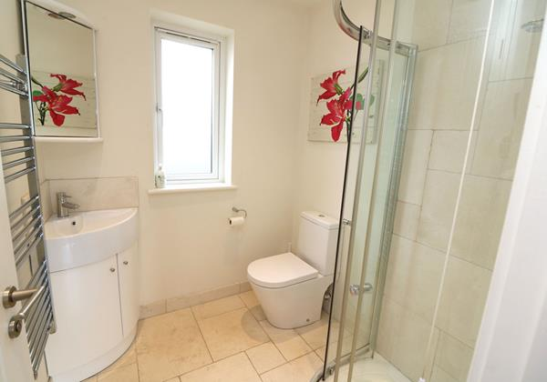 Croyde Holiday Cottages Offshore En Suite