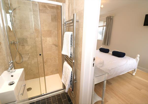 Croyde Holiday Cottages Offshore Bedroom En Suite