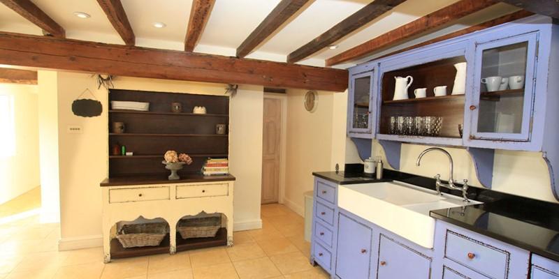 The Long House Georgeham Kitchen