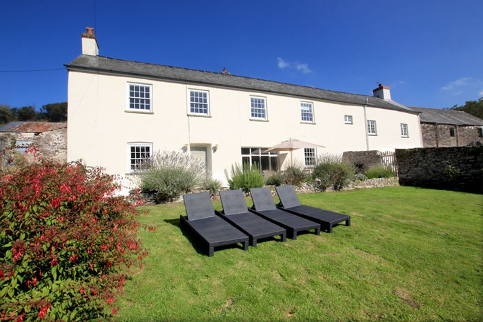The Long House Georgeham Sunloungers