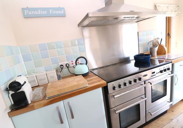 Croyde Holiday Cottages Broad De Kitchen Oven
