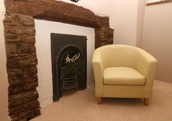 Croyde Holiday Cottages Chuggs Bedroom Chair