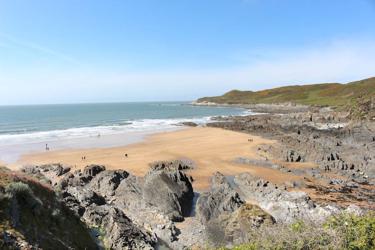 Croyde Holiday Cottages Morte Beach With Rocks