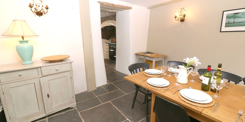 Croyde Holiday Cottages Home House Dining
