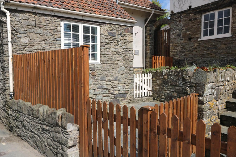 The Smithy Croyde Holiday Cottage Courtyard