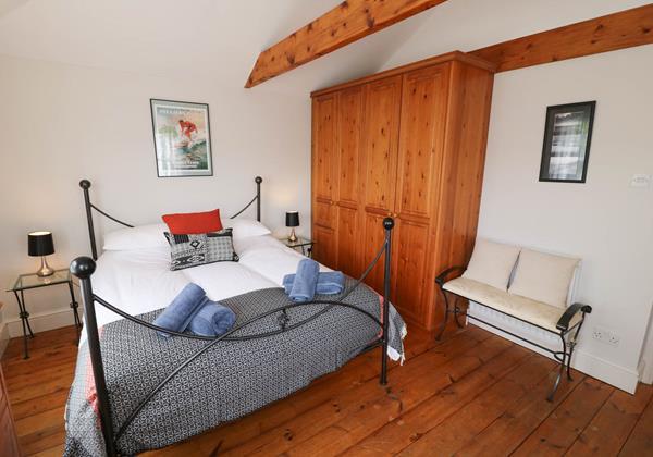 Hartland View Croyde Holiday Cottage Master Bedroom