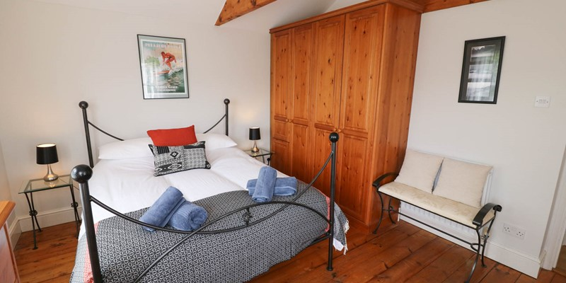 Hartland View Croyde Holiday Cottage Master Bedroom