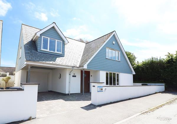 Seascape Croyde Holiday Cottages Exterior Front