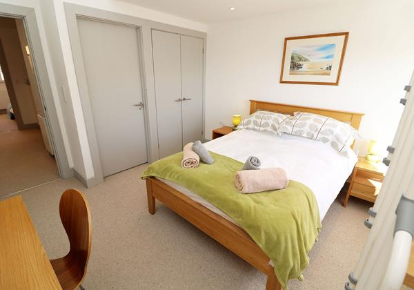 Woolacombe Holiday Cottages Long Beach House Double Bedroom With Loft Steps