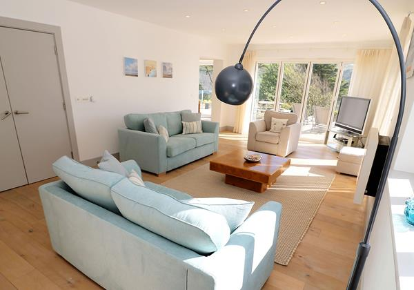 Woolacombe Holiday Cottages Long Beach House Living Room2