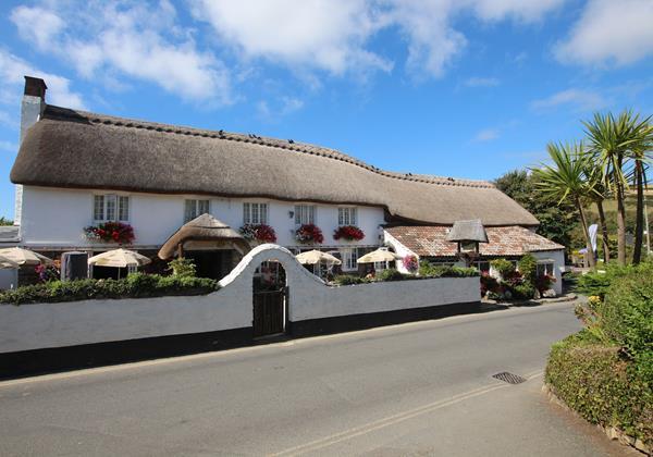 Croyde Bay The Thatch Pub 4