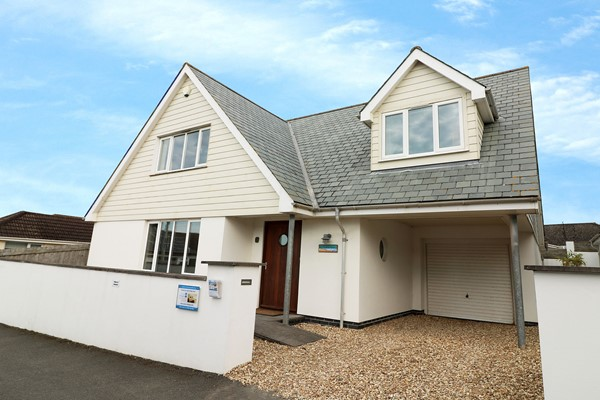 Longboards Croyde Holiday Cottages New Front