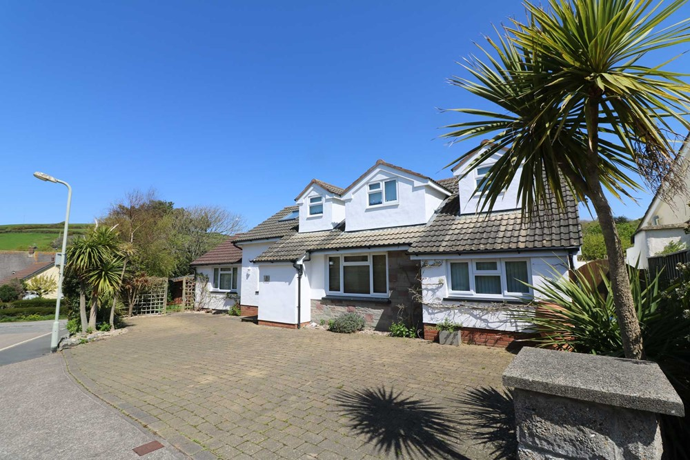 Hideaway Croyde Holiday Cottage External