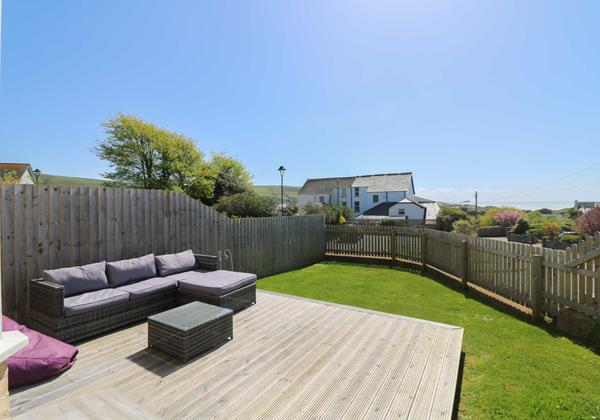 Old Coastguards Croyde Holiday Cottage Garden With Sea View
