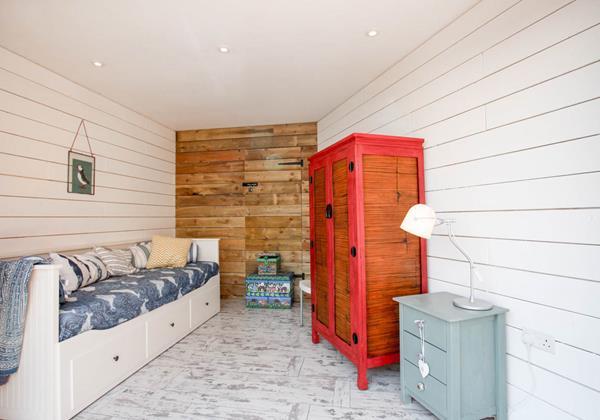 Driftwood Garden Room