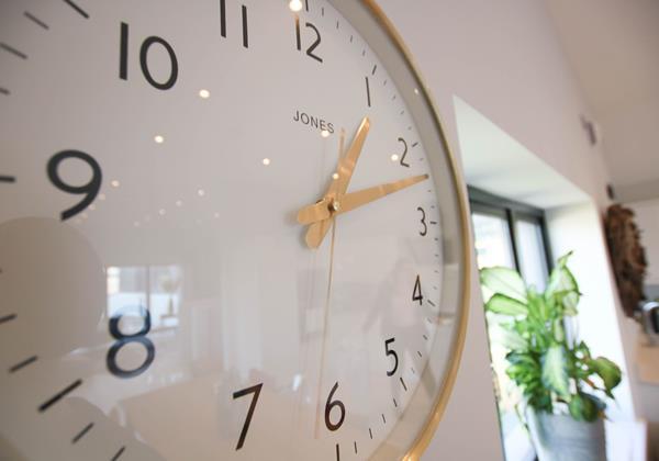 Tresona Croyde Holiday Cottage Clock