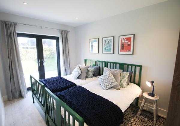 Tresona Croyde Holiday Cottage Twin Bedroom