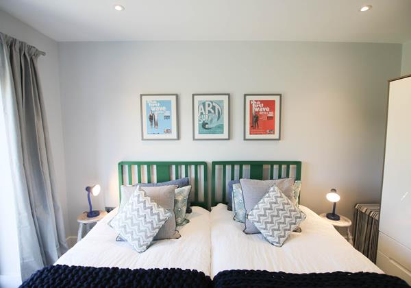 Tresona Croyde Holiday Cottage Twin Beds And Pictures