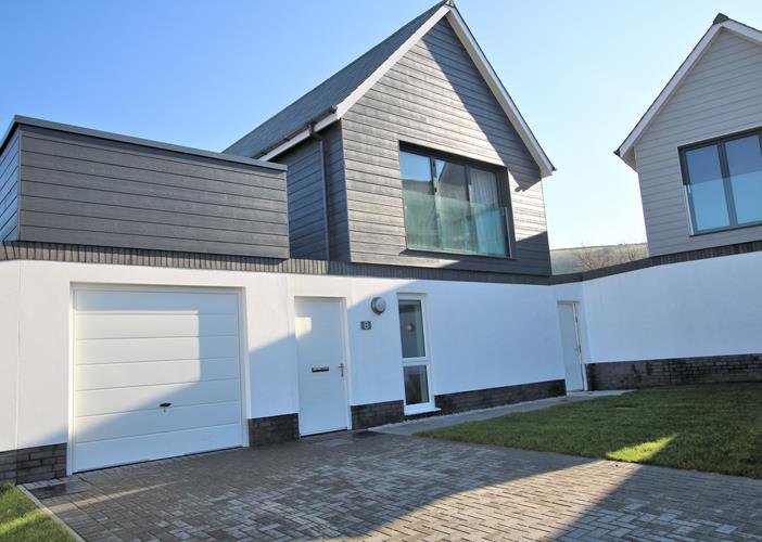 Trasona Croyde Holiday Cottages Front of House