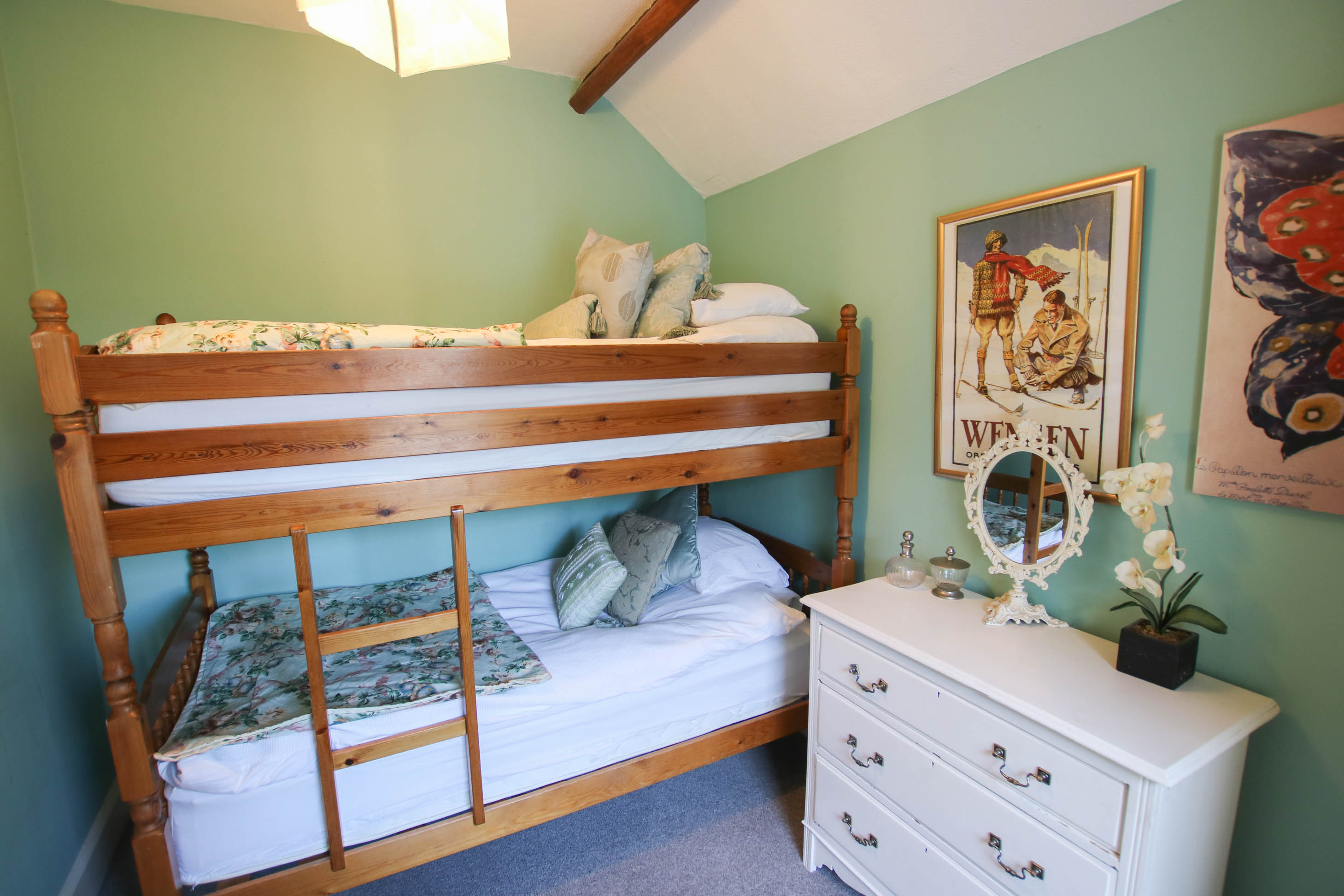 Picture of: The White House Croyde Holiday Cottage Impressive Sea Views Pet Friendly