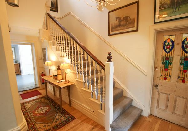 The White House Croyde Holiday Cottage Staircase