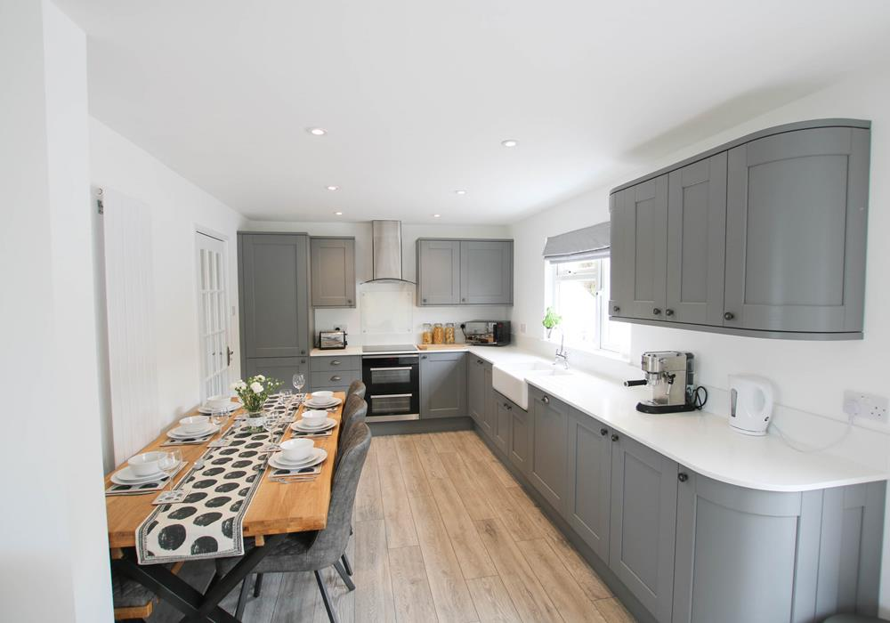 36 Davids Close Georgeham Holiday Cottage Open Plan Kitchen Diner