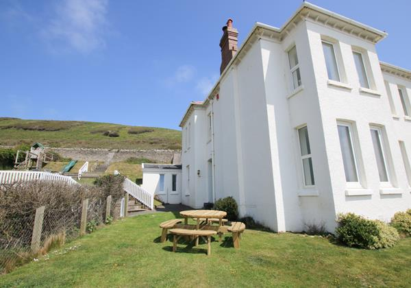 The White House Croyde Holiday Cottage 8