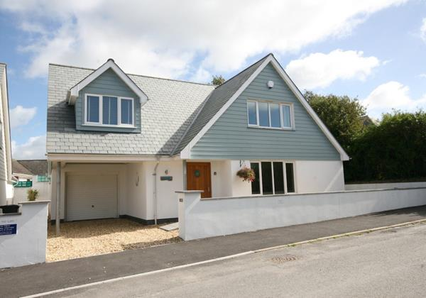 North devon holiday cottages sleeps 8 ocean cottages for Modern house holiday lets
