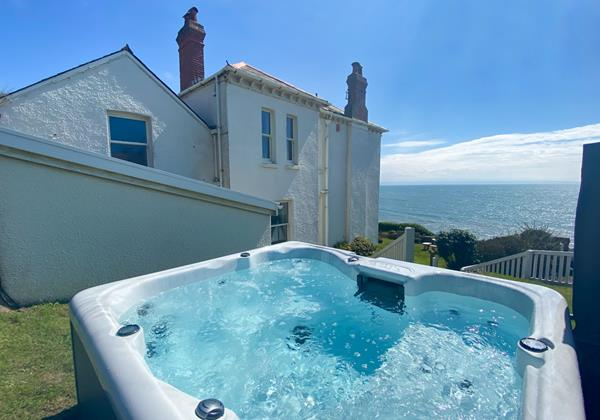 The White House Croyde Holiday Cottages 18 Of 18