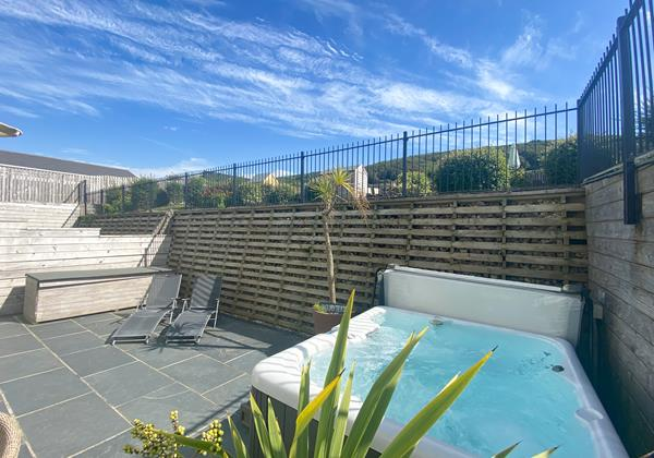 Apt 1 Point View Croyde Holiday Cottages 11 Of 11