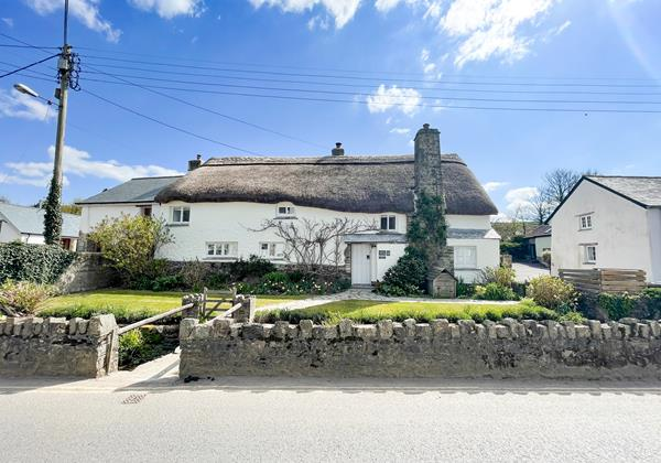 Sweets Cottage Croyde 2 Of 5
