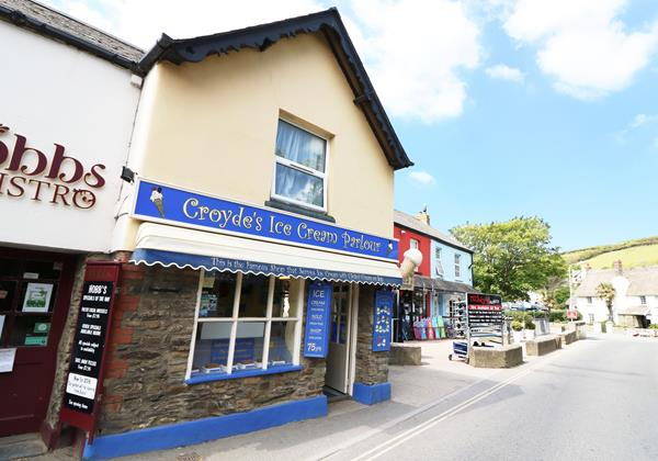 Croydes Ice Cream Parlour