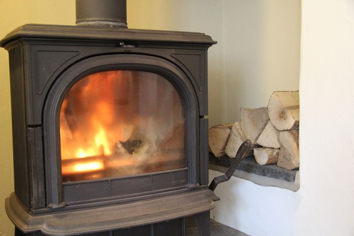 Home House Croyde Holiday Cottages Dining Room Woodburner